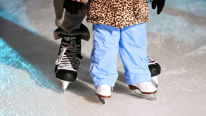 How to teach your kid ice skating for the first time